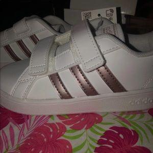 Toddler girl adidas size 10